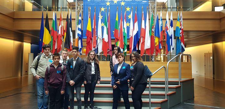 Des collégiens du Lycée Massabielle au Parlement Européen
