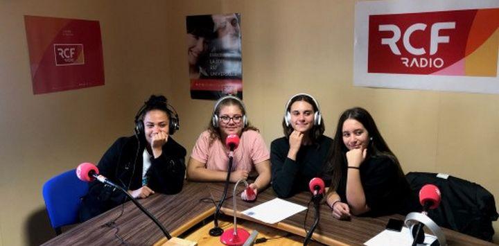 Des élèves de CAPA SAPVER dans les studios de RCF