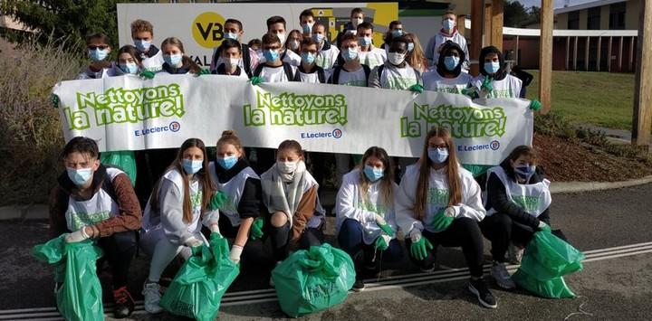 «Nettoyons la nature» à Saint Jean de Bournay